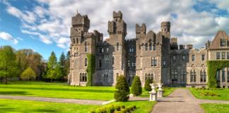 stay in a castle in ireland